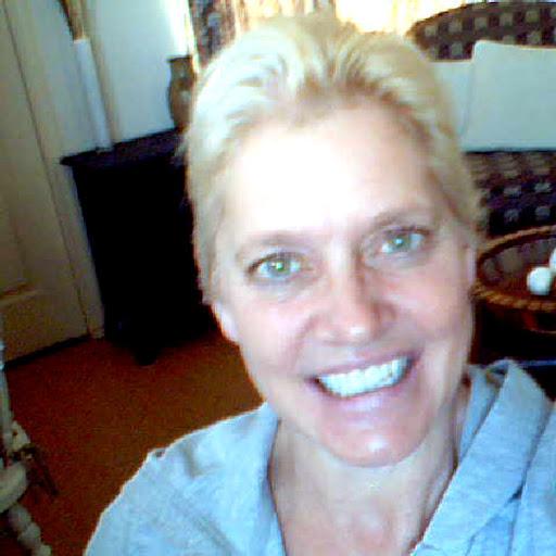 Barbara Luck Photo 22