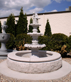 Fountain, Surround