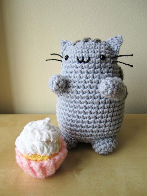 Pusheen Cat Amigurumi Pattern : Pusheen + Mini Cupcake the whimsy turtle
