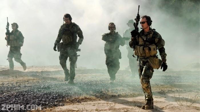 Ảnh trong phim Biệt Đội 6: Cuộc Săn Đuổi Osama Bin Laden - Seal Team Six: The Raid on Osama Bin Laden 2