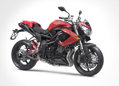 2011-Benelli-TNTR160-Red