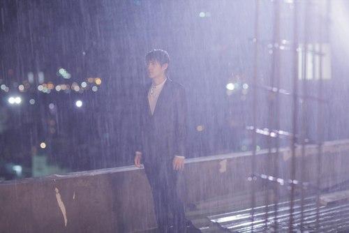 Ảnh chia tay tình yêu trong mưa buồn, tâm trạng nhất