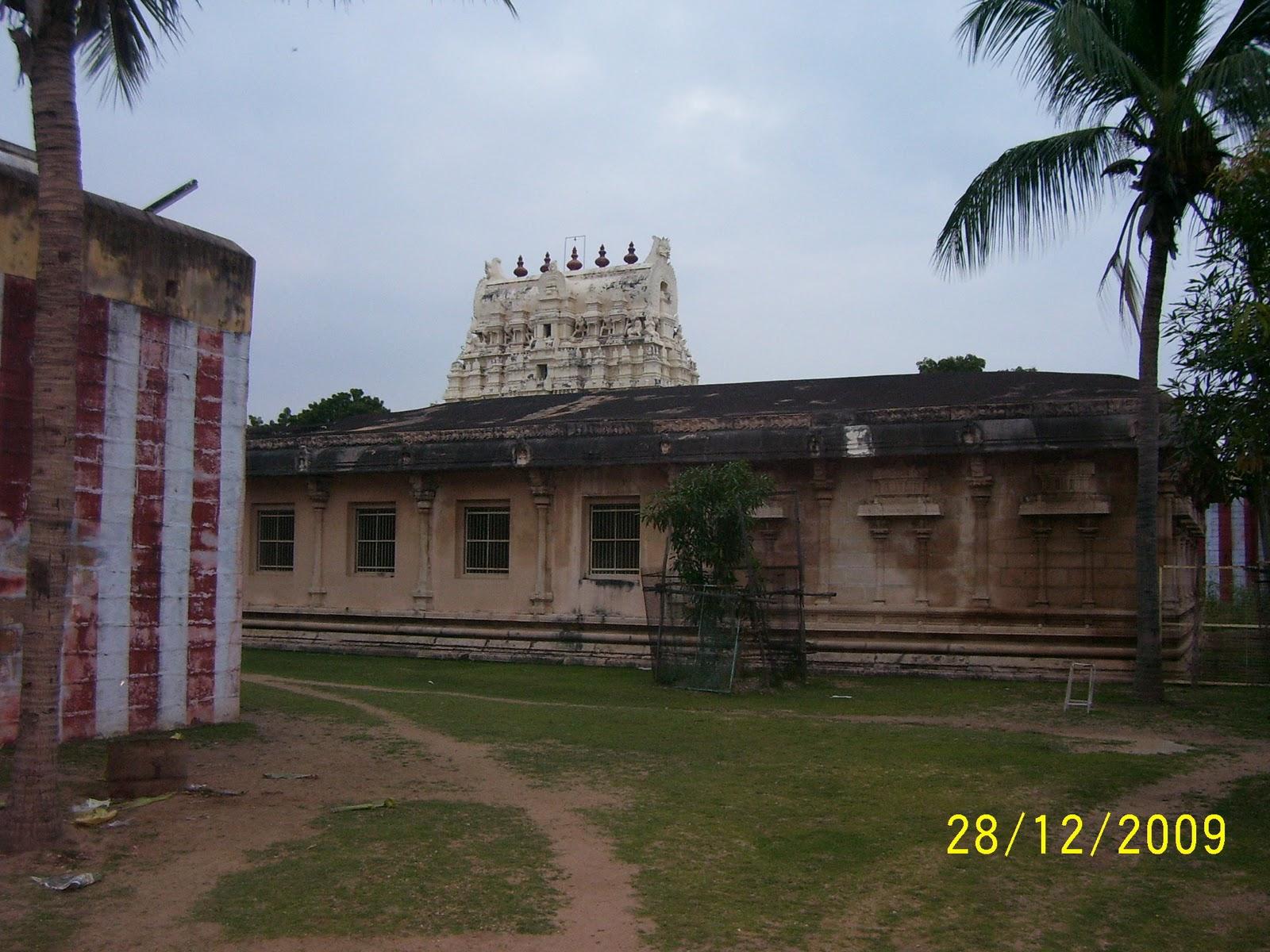 Adhinaatha Perumal Temple - Thirukkurugur (Azhwar Thirunagari), Nava Tirupathi - Nine Holy Temples