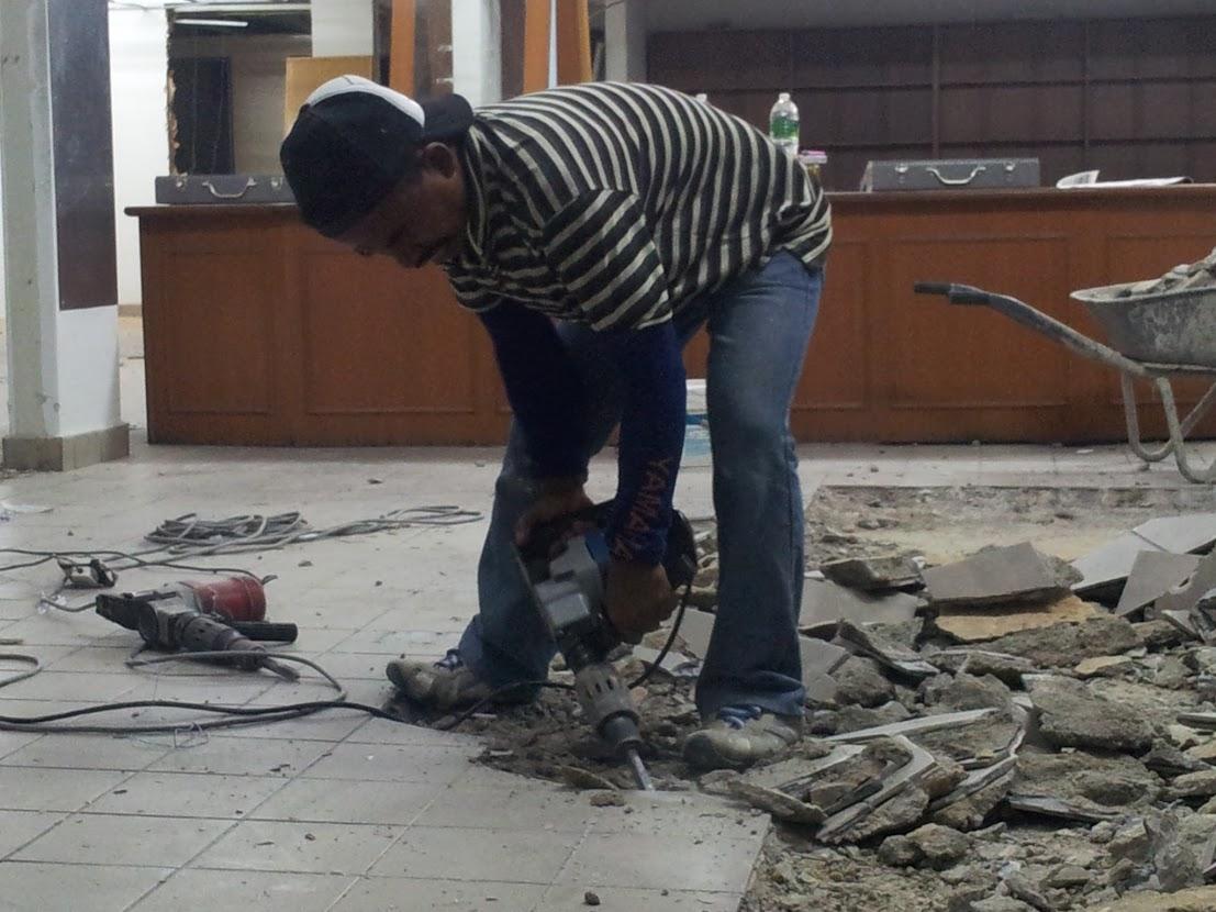 remove existing floor tiles