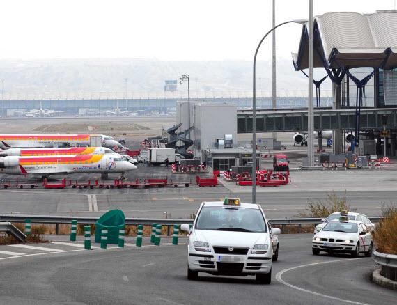 Suben los pasajeros internacionales un 13,7% en el Aeropuerto de Barajas