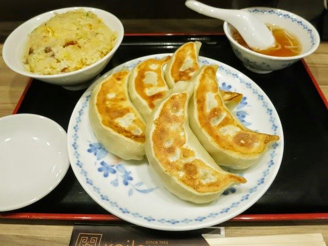 ジャンボ餃子5個+半チャーハンのBセット定食
