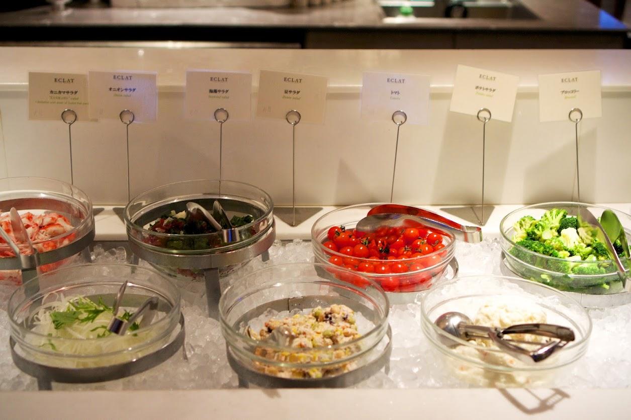 ビュッフェスタイルのお料理の数々