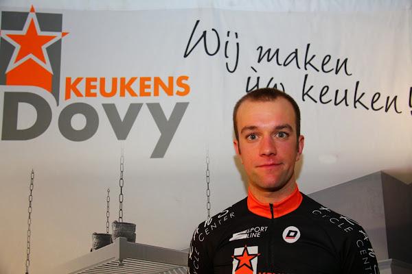 Dovy Keukens Vind Fcc : Kim Borry