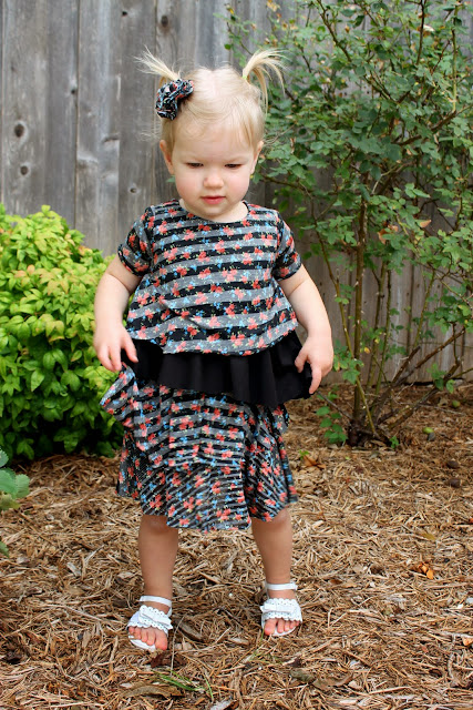 Etage Dress sewed by Dandelions and Lace, pattern by Sew Straight and Gather