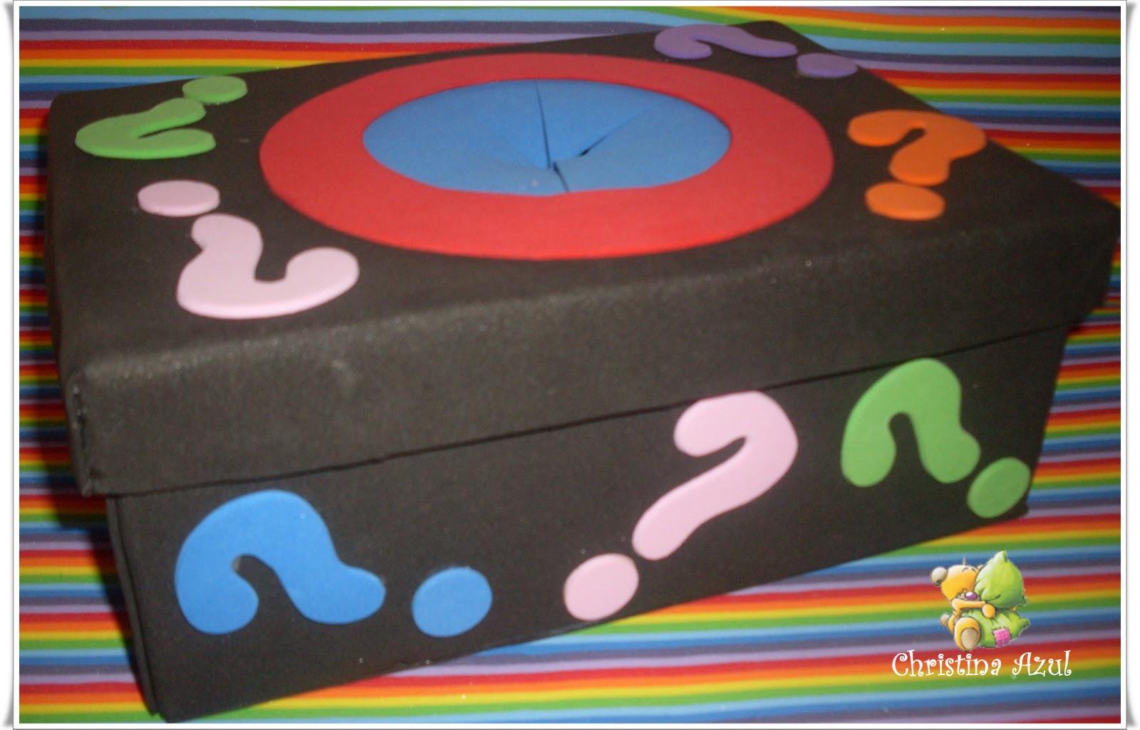 olá meninas fiz essa caixa de surpresa para eu usar em sala de aula