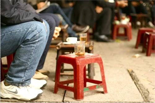 Quán cafe cóc là gì? Tản mạn cà phê cóc ở Sài thành