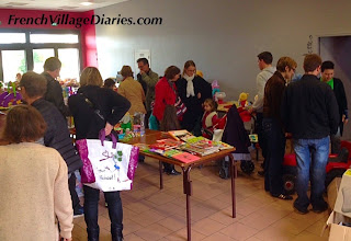 French Village diaries hibernation bourse aux jouets