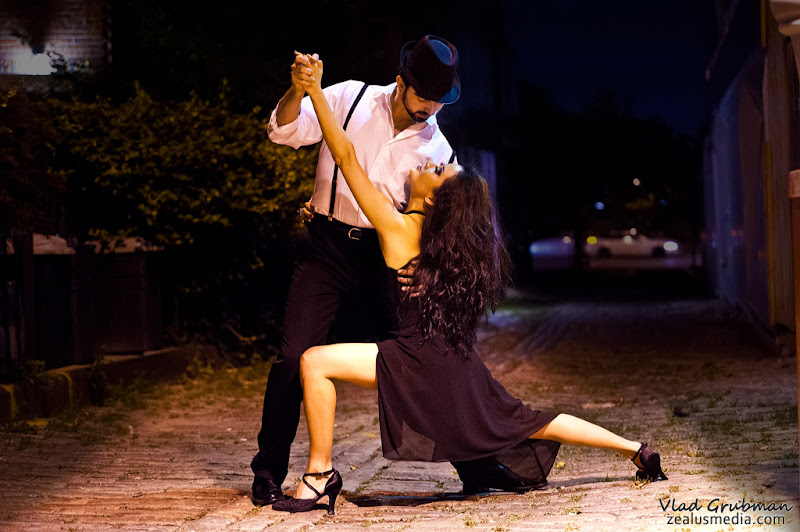 Street Tango - photo by Vlad Grubman/Zealus Media