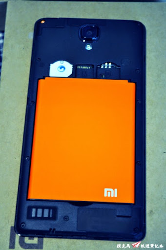 紅米Note增強版SIM卡槽