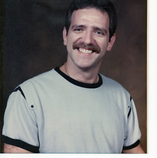 Robert Holcomb