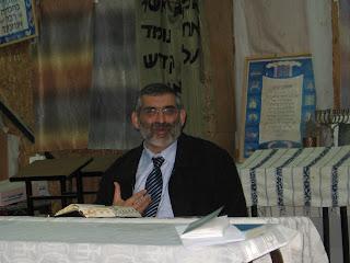 השיעור של הרב מיכאל בן-ארי בבית חגלה על פני יריחו