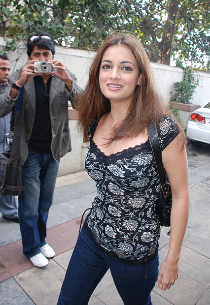 Diya Mirza part 12:picasa0