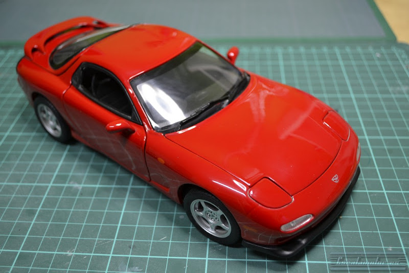 Kyosho mazda RX7 1:18 modified umbau