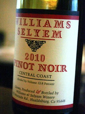 Williams Selyem Central Coast Pinot Noir 2010 wine