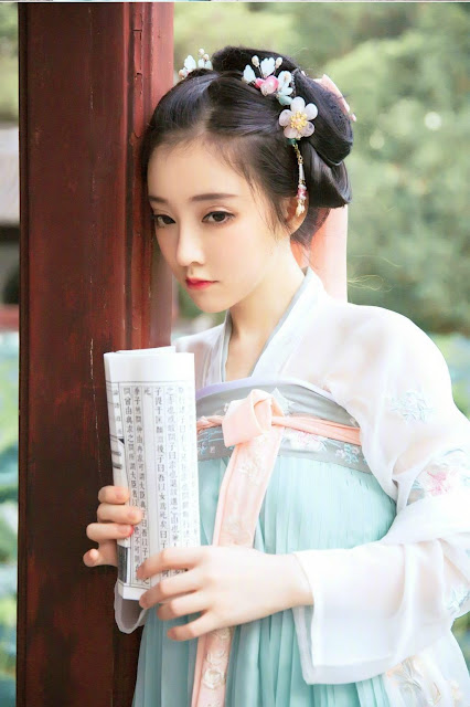 Nữ thần Phùng Đề Mạc – làn gió mới trong ngành thời trang Trung Quốc