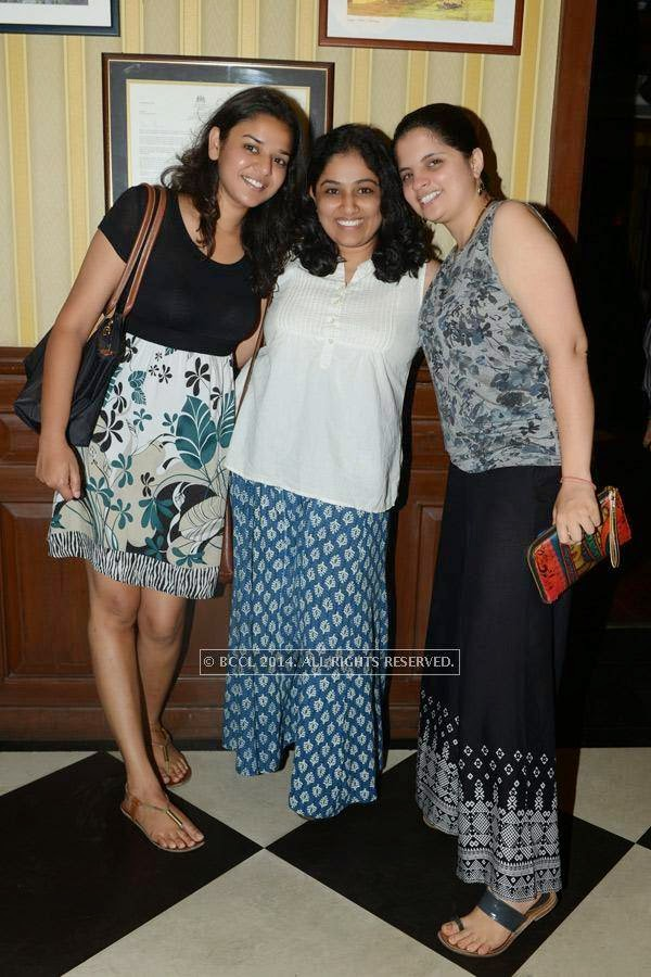 Sweta, Shilpa and Swatarty during a party, held at 10 Downing Street, in Chennai.
