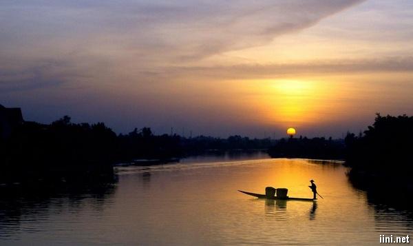 thơ viết về con sông quê hay