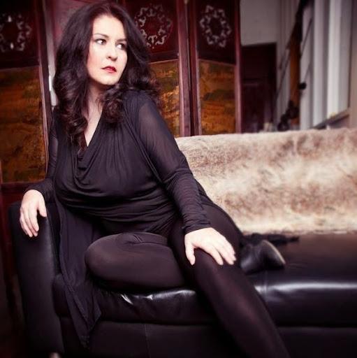 Louise Kaiser Photo 11