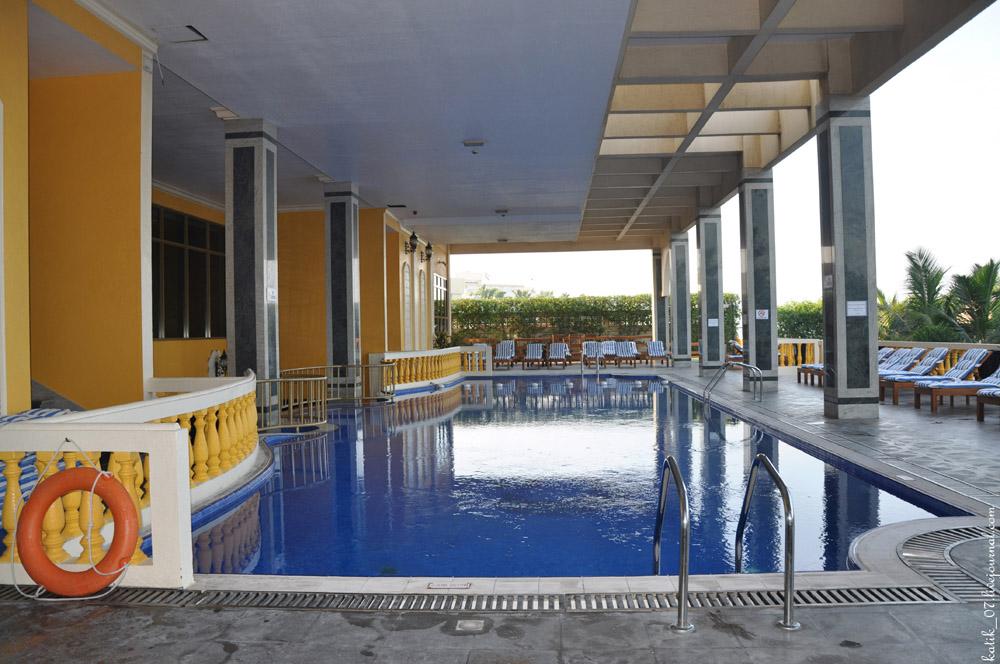 Royal Beach Resort & SPA 5*, Шарджа
