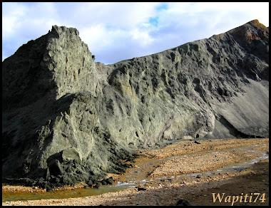 Un tour  d'Islande, au pays du feu... et des eaux. - Page 3 73-Landmannalaugar