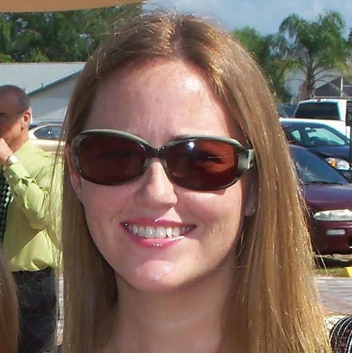 Angela Floyd Photo 27