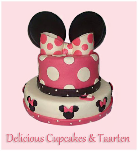 Minnie Mouse Stapel-taart.jpg