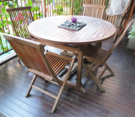 6 seater teak table