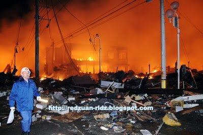 Gambar Tsunami Di Jepun