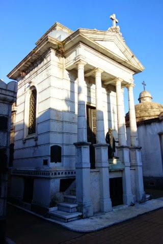 buenos aires recoleta cemetery