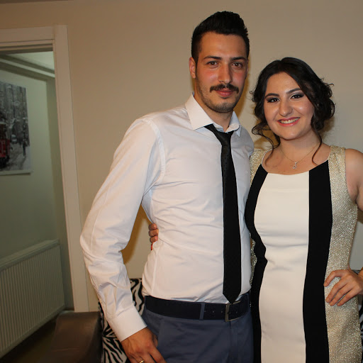 Asli Ozcan Photo 6