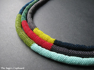 Color Blocked Rope Necklace