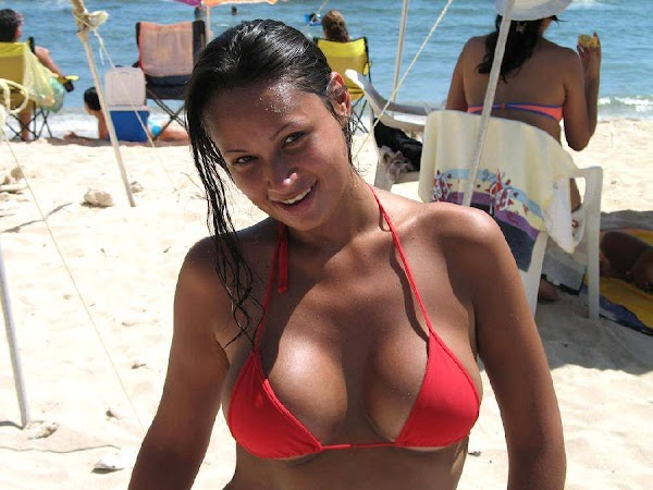 More Bikini Babes(bikini girl-9photos)9