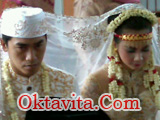 Oktivianti Ibrano dan Dide Hijau Daun Menikah