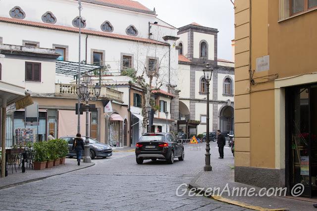 Sorrento çarşısı, Güney İtalya