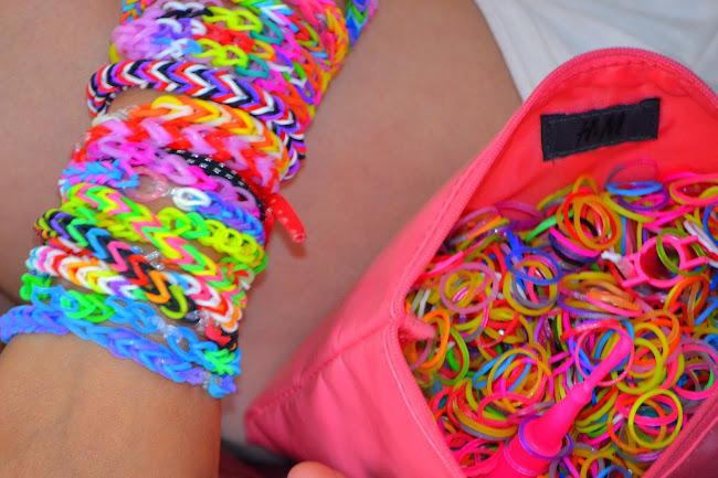 bracelets en élastique dans mes activités