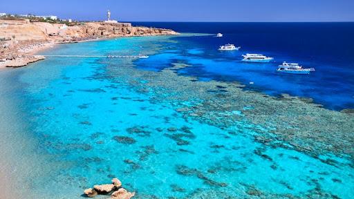 Ras Um Sid Beach, Sharm el-Sheikh, Egypt.jpg