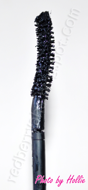 8c46f4260be ... a few mascaras already but I must say I'm impressed with this. The  Falsies is one of Maybelline's wonderful creations. I got this mascara from  my friend ...