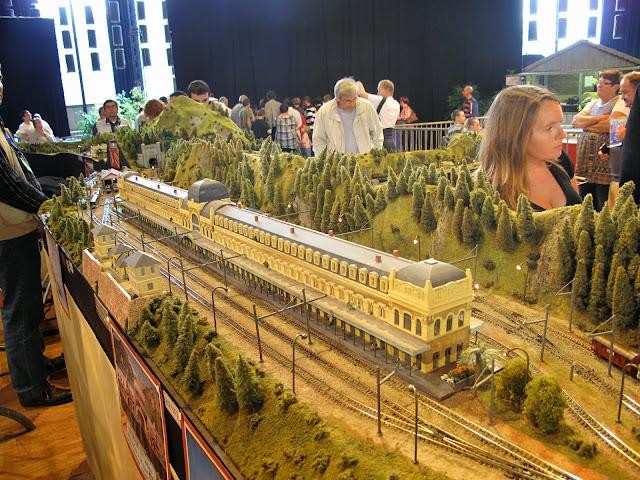 Salon du train miniature de laval 14 15 sept 2013 page 2 for Salon du train miniature