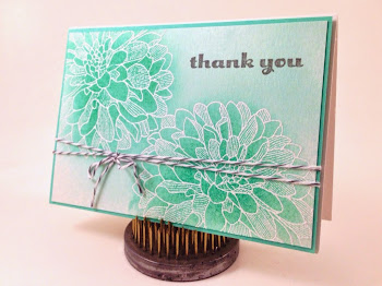 Linda Vich Creates: Delightful Dahlias. Coastal Cabana ink brings these beautiful Dahlias to life on Stampin' Up! note cards, using an easy emboss resist inking technique. The Mini Treat Bag Thinlits die create a lovely envelope.