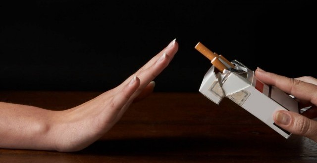 Chùm thơ hay về tác hại thuốc lá và lời khuyên từ bỏ