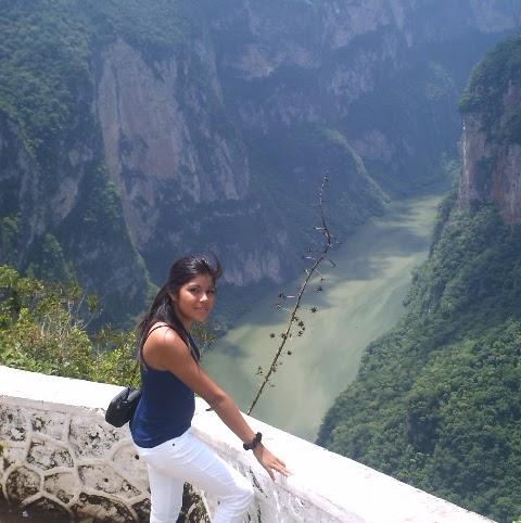 Carolina Valadez Photo 3