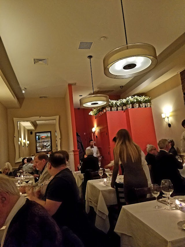 Underhills Crossing Restaurant