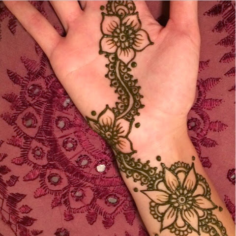 Hawaii Mom Blog Getting Our Henna On With Moonlight Mehndi