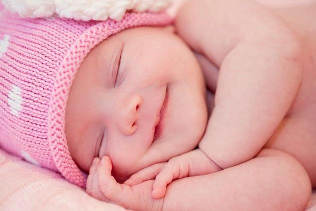 Wallpapers Quotes And Fun Cute Baby Smiling While Sleeping