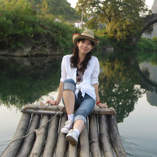 Tracy Ma Photo 17